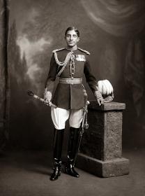 Tukojirao_III_Maharaja_Holkar_of_Indore.jpg